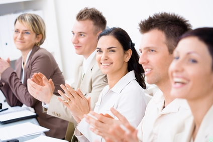 stockfresh_520915_clapping-business-people_sizeXS_9c0946.jpg
