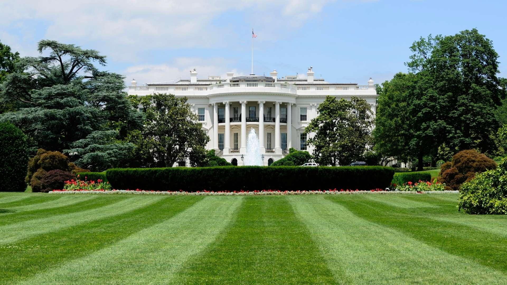 White_House_Washington_DC_1920x1080.jpg